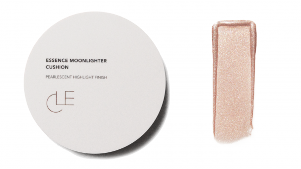 CLE Essence Moonlighter Cushion - Apricot Tinge
